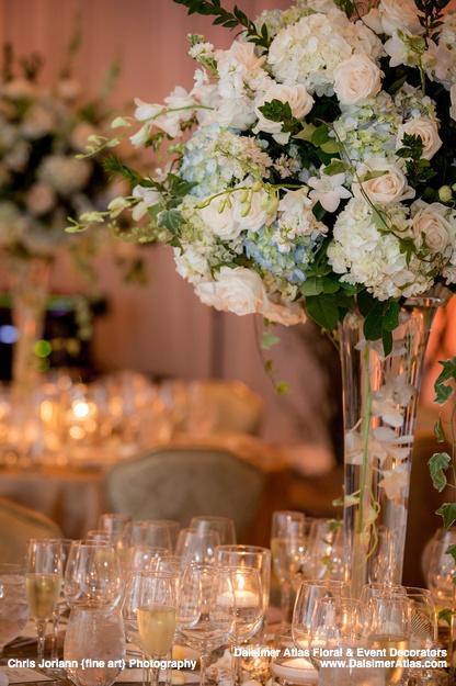 wedding-florist-flowers-decorations-wedding-four-seasons-resort-palm-beach-palm-beach-florida-dalsimer-atlas